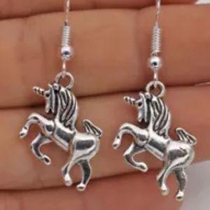 Jewelry - 🦄Unicorn 🦄 Earrings